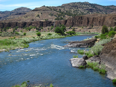 Another crossing of the John Day river on my bike ride.