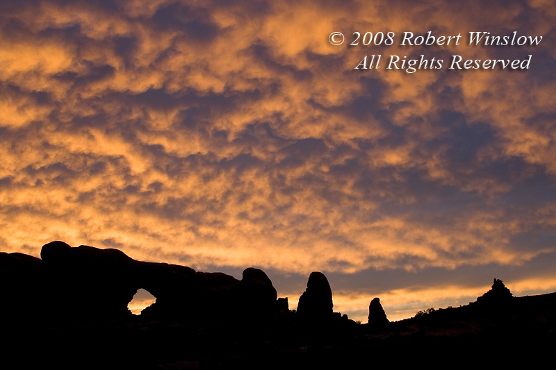 Sunrise, North Window, Windows Area, Arches National Park, Moab, Utah, USA, North America