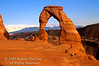 Two Hikers, Sunset, Delicate Arch, Arches National Park, Moab, Utah, USA, North America