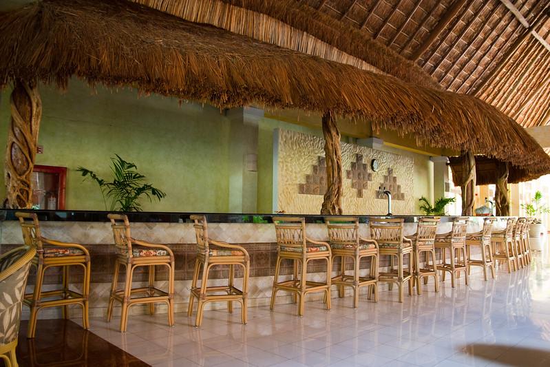 Grand Paladium Kentanah Resort and Spa, Mexico (one of the bars)