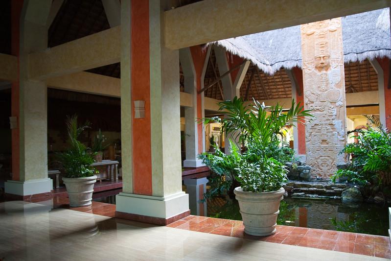 Grand Paladium Kentanah Resort and Spa, Mexico (lobby)