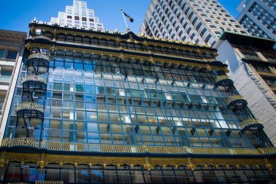 Hallidie Bulding (1917) the first world glass cutain.  130 Sutter Street. Architect Willis Polk