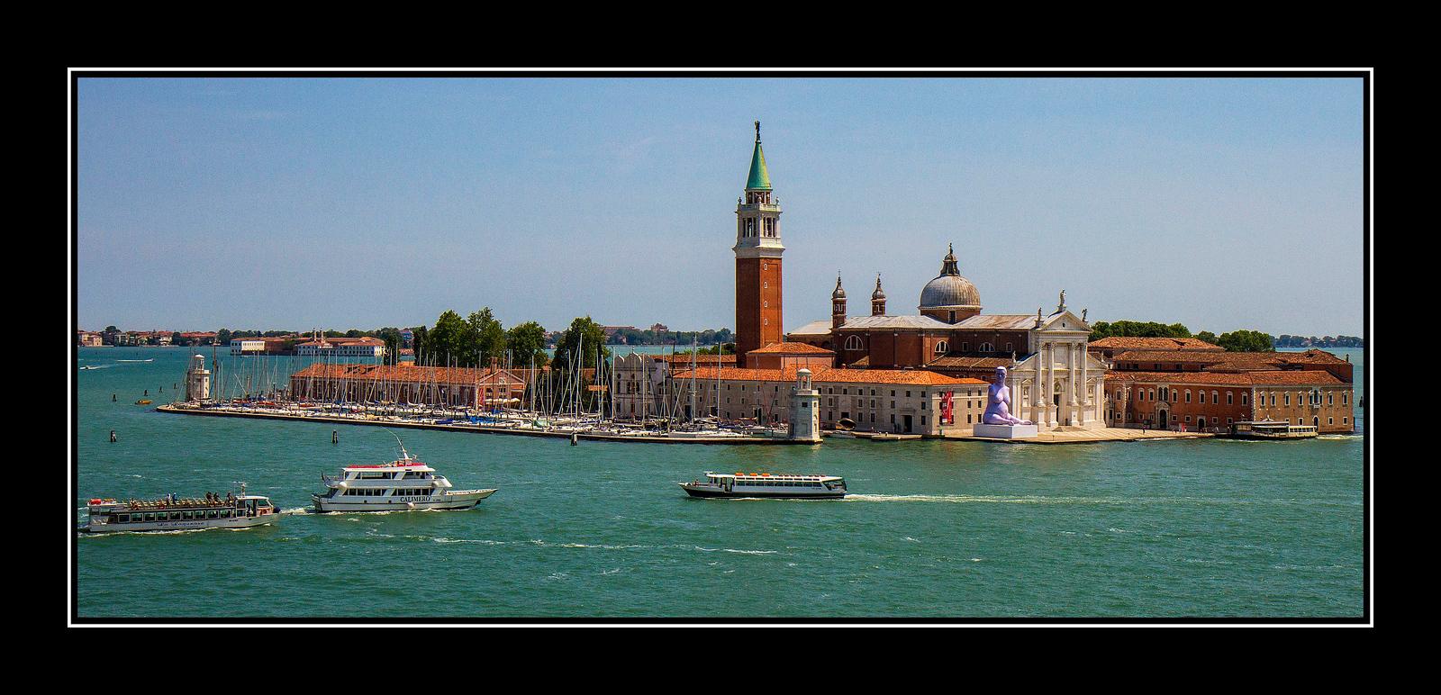 IMAGE: https://photos.smugmug.com/Travel/Architecture/Venice/i-bSKCvZf/0/21ff3b7a/X3/Venice%20Island%2001a-X3.jpg