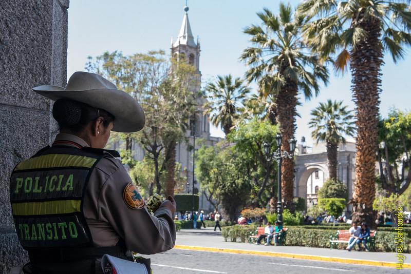 Poco trabajo un domingo x la mañana - Plaza de Armas - Arequipa  - Perú<br /> <br /> Nothing much to do on a Sunday morning - Plaza de Armas - Arequipa  - Peru<br /> <br /> Niet veel aan de hand op een zondagochtend - Plaza de Armas - Arequipa  - Peru<br /> <br /> Pas beaucoup de boulot un dimanche matin - Plaza de Armas - Arequipa  - Pérou