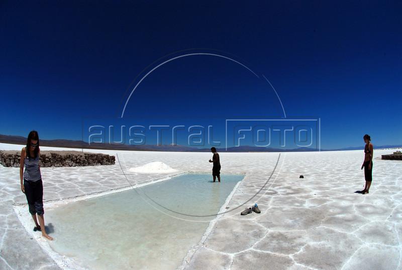 Salinas Grandes. , Quebrada de Humahuaca, Jujuy, Argentina, Feb., 2007. ((Austral Foto/Horacio Paone))