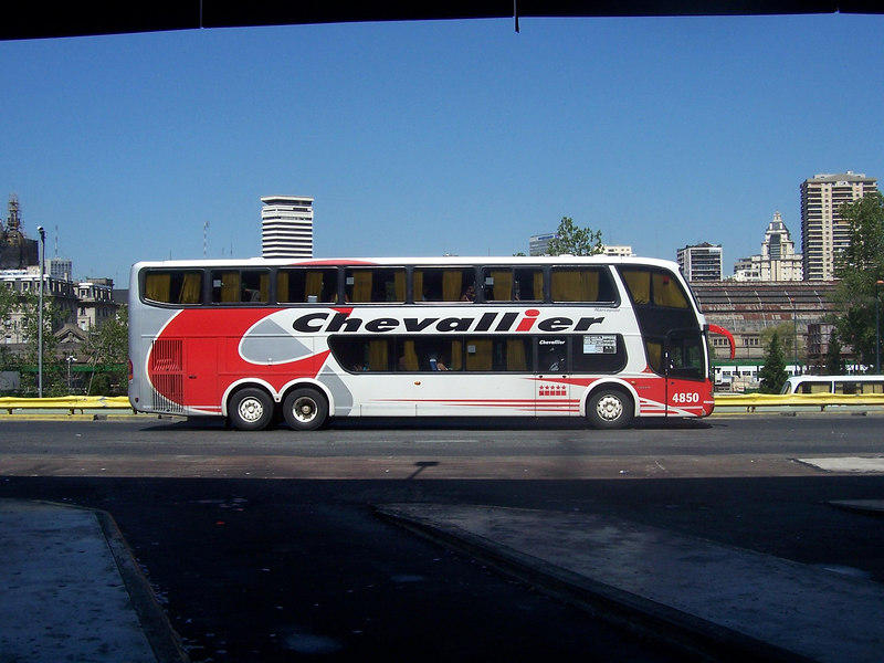 <h3>An example of the big busses that ply Argentine highways.</h3>