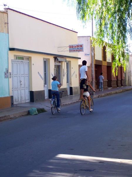 <h3>Lots of bikes in Jachal.</h3>