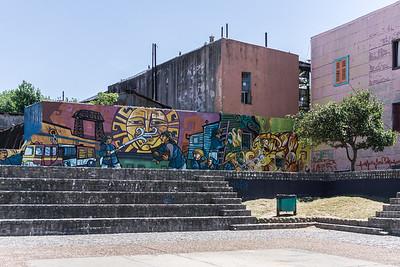 La Boca has many examples of city art.