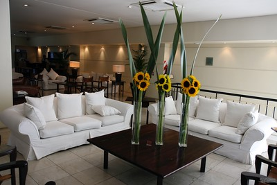 Lobby of the Loi Suites Ricolata