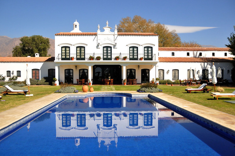 Bodega and hotel Patios de Cafayate.