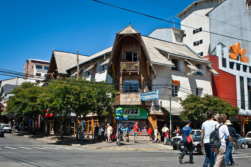Downtown Bariloche. Coming from Buenos Aires, I thought this was heaven. That was before the students arrived.