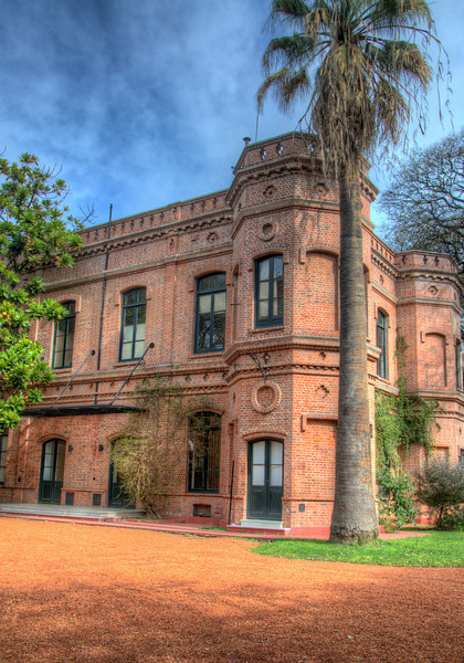 An HDR of one of the buildings at the Botanical Gardens.
