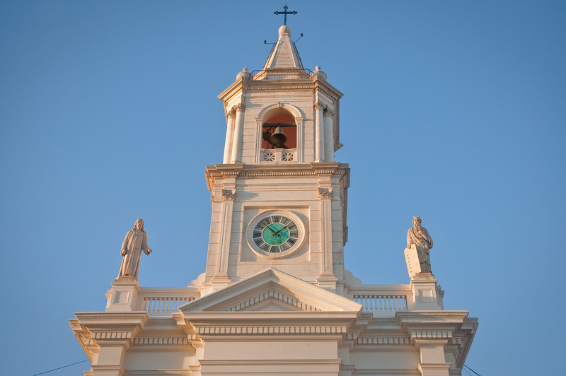 Closer shot of the church in Corrienties. I liked the clock a lot.