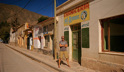 De straten van Tilcara. Quebrada de Humahuaca, Jujuy, Argentinië.