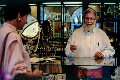 Shopping mall jeweler. Phoenix Arizona, 1987.