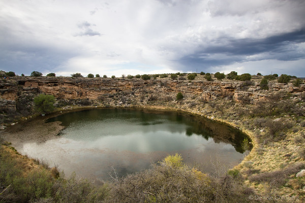 Montezuma well, reflecting clouds