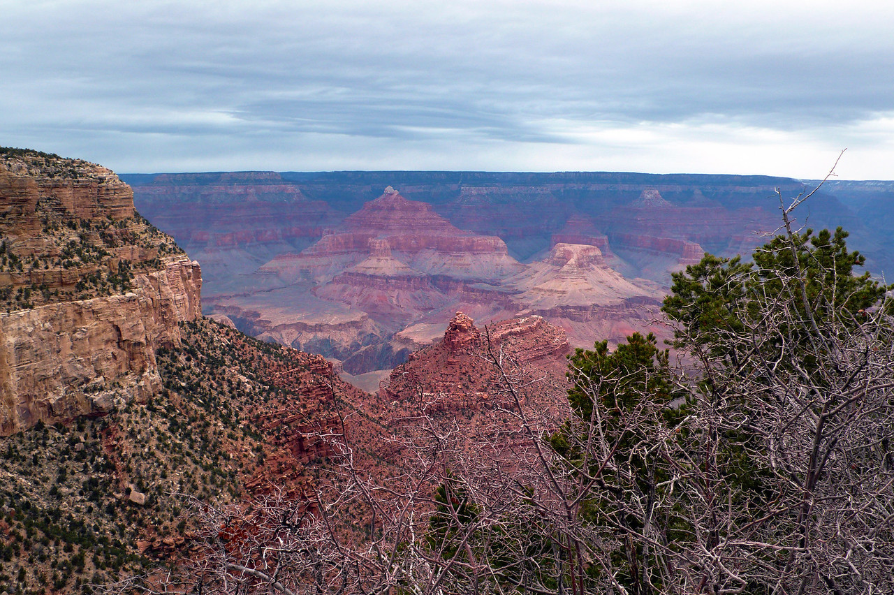 A rainy afternoon at Grand Canyon