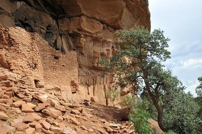 Honanki Cliff Dwelling ruins near Sedona, Arizona