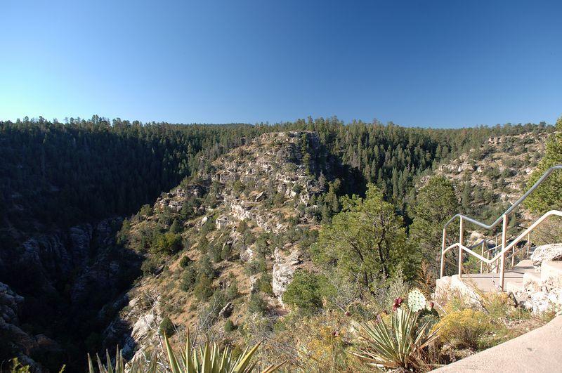 Walnut Canyon<br /> Oct 10 2005 - NSXPO 2005 Return trip