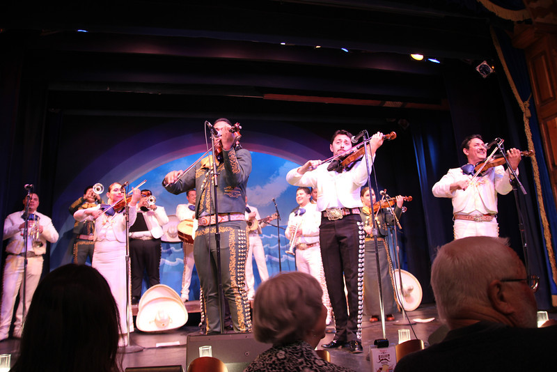The Gas Light Theatre - Mariachi bands!