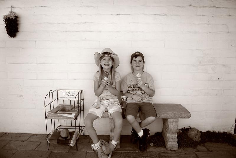 Kids and ice cream in Tubac, Arizona.