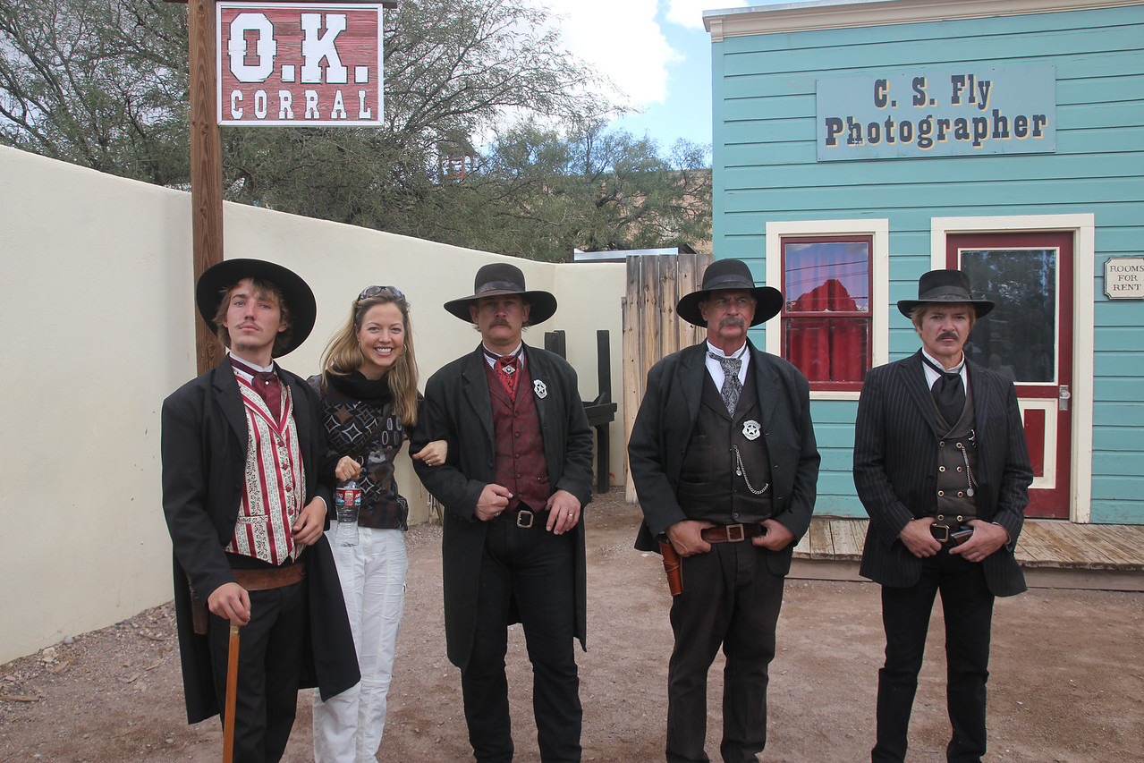 Tombstone - Mel with the good guys