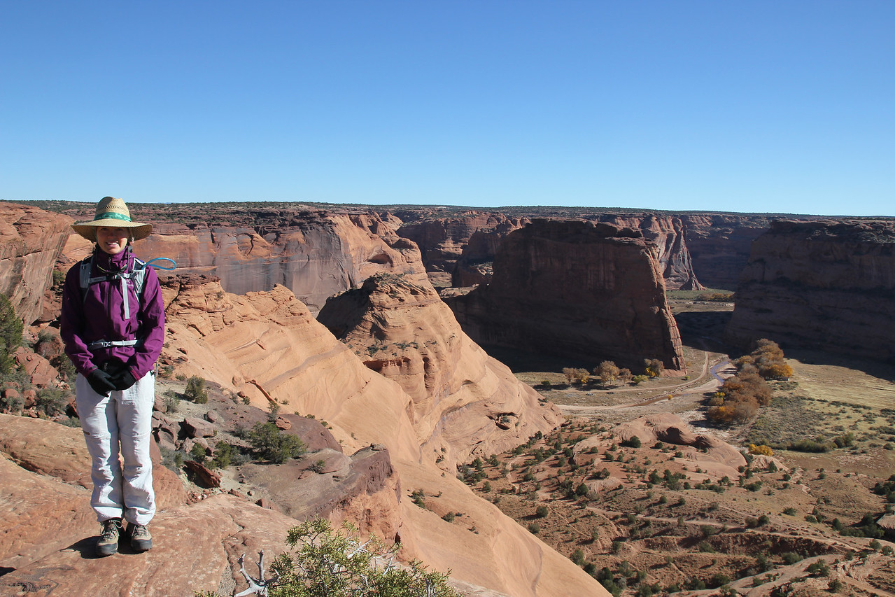 Canyon de Chelly - It preserves ruins of the early indigenous tribes that lived in the area, including the Ancient Pueblo Peoples (also called Anasazi) and Navajo who live there now.
