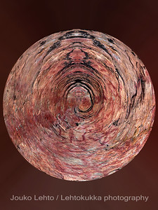 Hossan Värikallio, kivikautisia maalauksia - Värikallio at Hossa, stone age paintings; abstract versions
