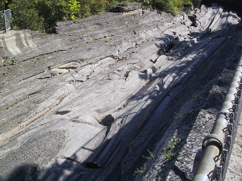 Another view of the glacial grooves.