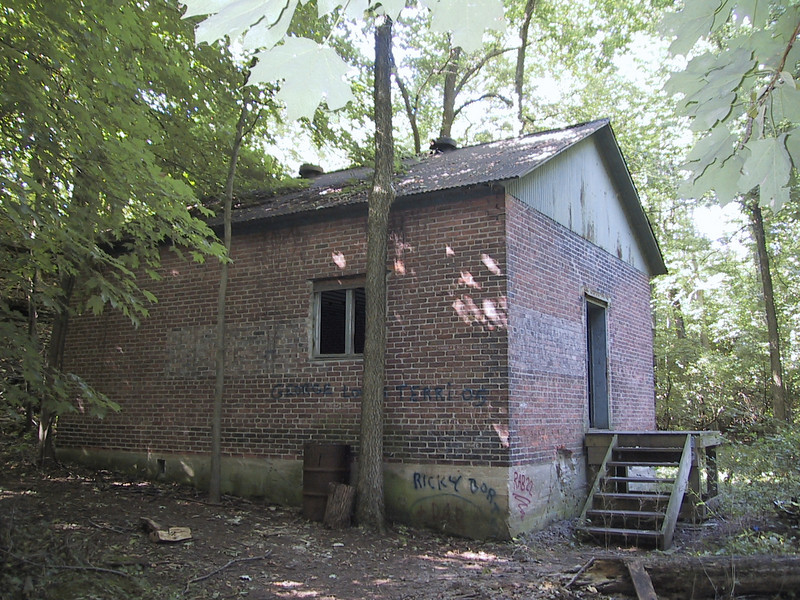 Walking some of the trails, I came across this empty building in Kelleys Island State Park, which was not shown on the trail map and had no apparent purpose.