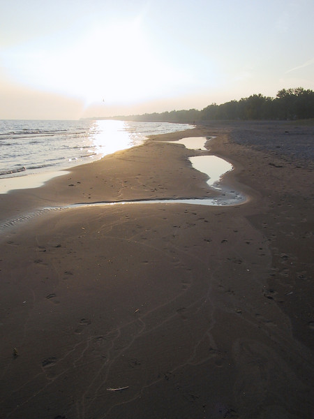 Of the many beaches along Lake Erie that I visited on this trip, this was my favorite, due to its fine sand, and few rocks.