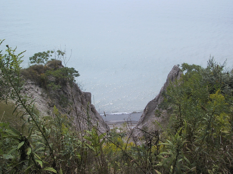 "View from a bluff looking down at Lake Erie at <a href=""http://www.ontarioparks.com/English/john.html"">John E. Pearce Provincial Park</a>."