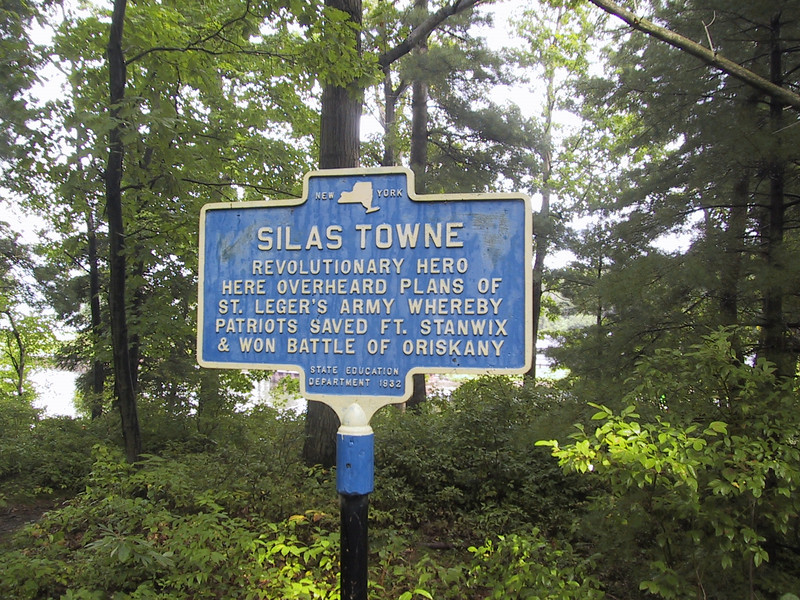 Marker at the grave of Silas Towne, Revolutionary War hero, in Mexico Point State Park.