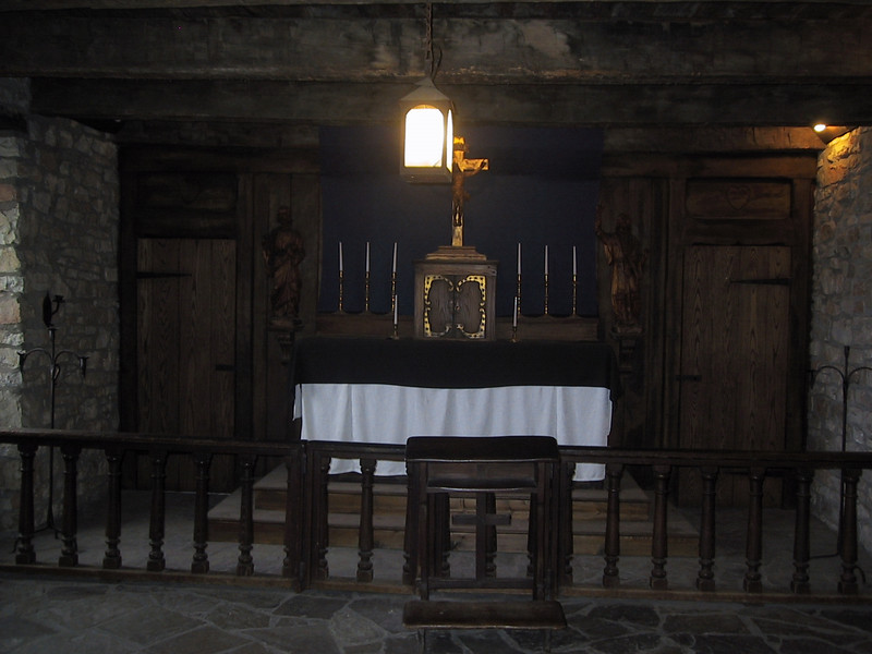 Catholic chapel in one of the buildings at Fort Niagara, as it would have appeared when constructed by the French.