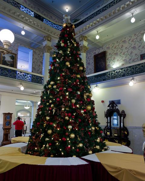 Menger Hotel Christmas Tree