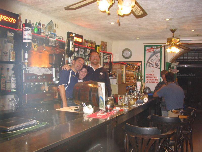 Bar staff Sep2003