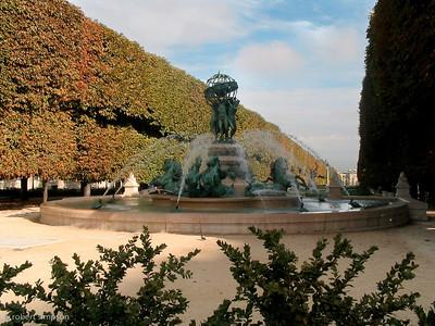Fontaine de l'Observatoire (the horse fountain).