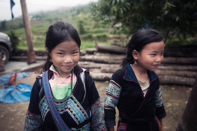 Village Girls smile in Sapa