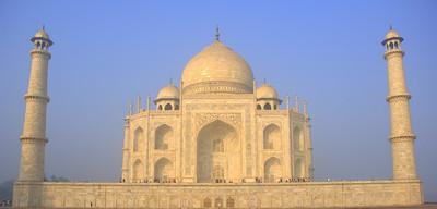 The eastern face of the Taj Mahal around sunrise.