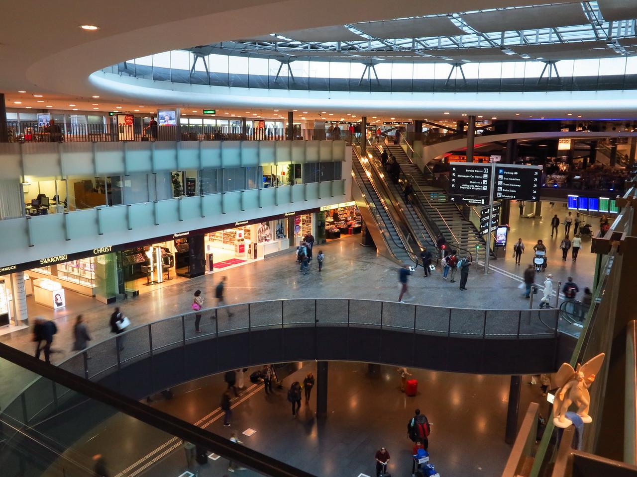 2015-10-06 Zurich airport