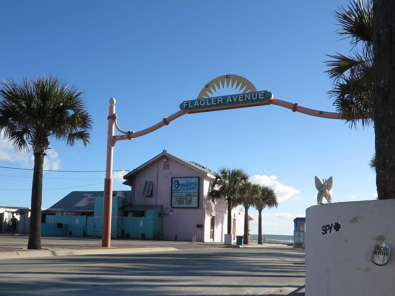 2012-12-04 New Smyrna Beach, FL