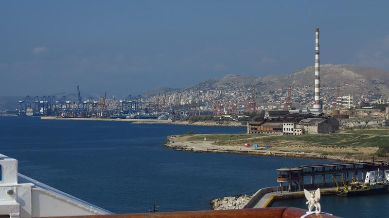 2015-10-19 port of Athens, Greece