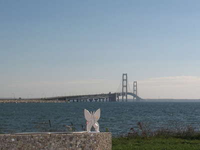 2010-10-08 north side of the Mackinaw Bridge