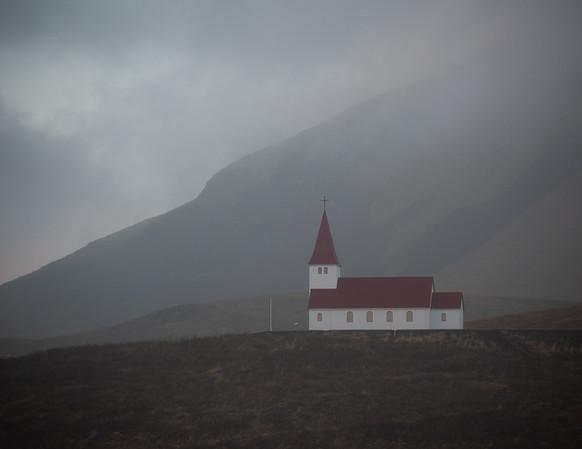 iceland church2