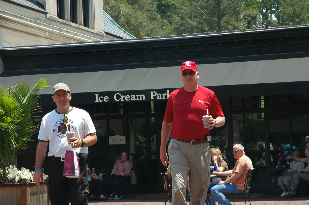 Chocolate shakes - ran into another rally attendee from Winston-Salem so we chatted for a while.  Does this shake make me look fat??