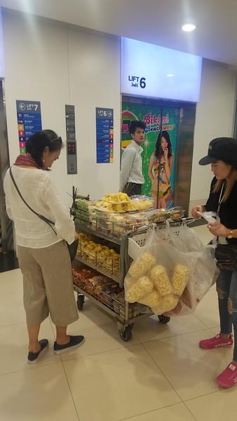 5 November 28 Bangkok (Gaysorn, R-Walk, Platinum Mall)