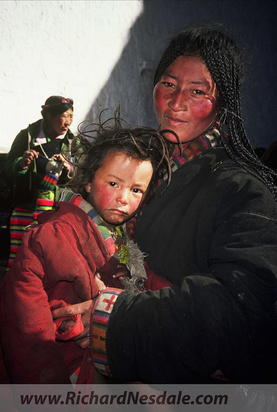 Tibet - Mother and child.