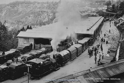 the old Darjeeling DHR Station