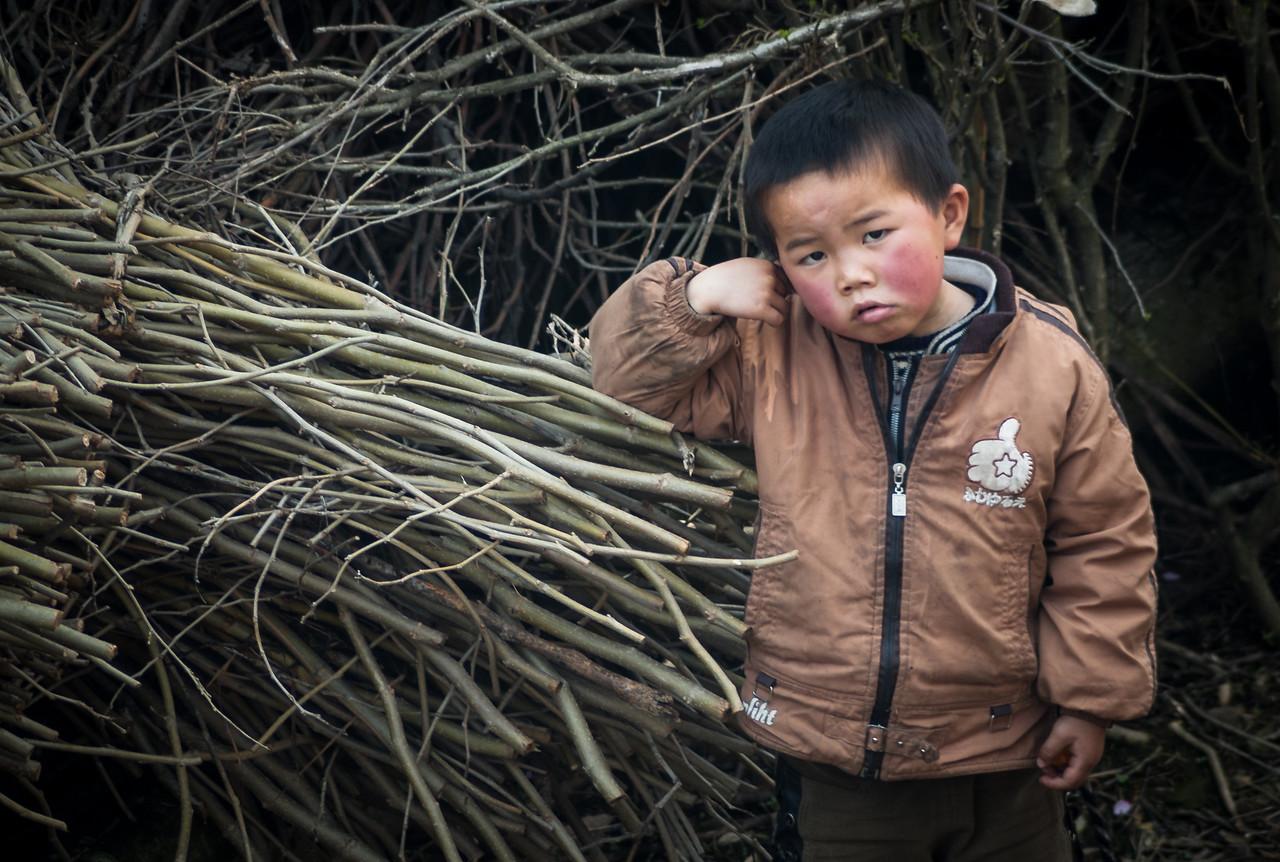 Anhui tartomány, Shitan - falubeli gyerek
