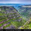Armenia - Saghmosavank - The impressive Kasagh river gorge at Saghmosavank near Ashtarak